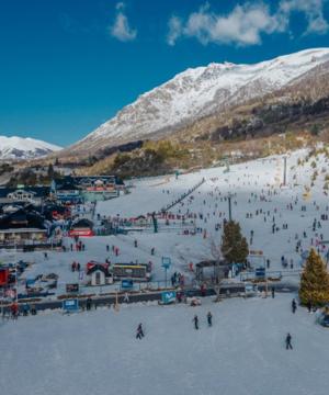 snowboard y ski en el cerro catedral