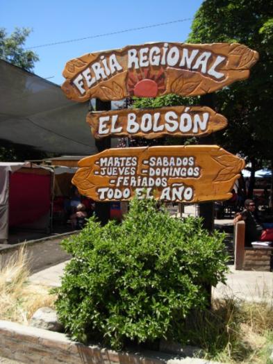 feria de artesanos en el bolsón patagonia argentina